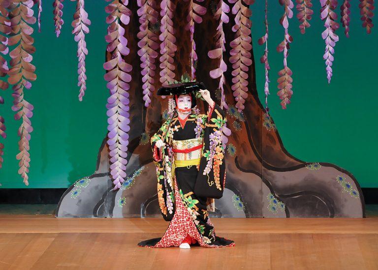 藤娘 古典 歌舞伎舞踊 日本舞踊