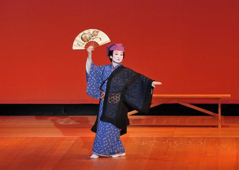 春終日 古典 日本舞踊の舞台