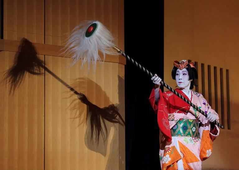 日本舞踊の舞台 阿国恋すがた 新舞踊